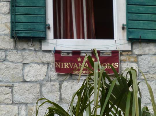 Fotos de Hotel: Nirvana Rooms & Apartments