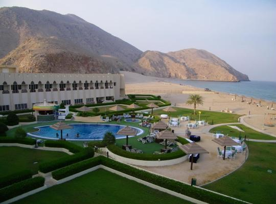 Хотел снимки: Golden Tulip Resort Dibba