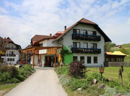 ホテルの写真: Familienparadies Reichenhauser