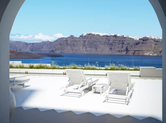 ホテルの写真: Acrothea Suites and Villas