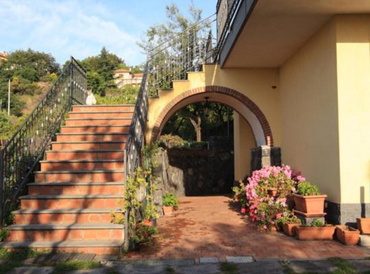 Fotos do Hotel: Agriturismo Biologico Dell'Etna