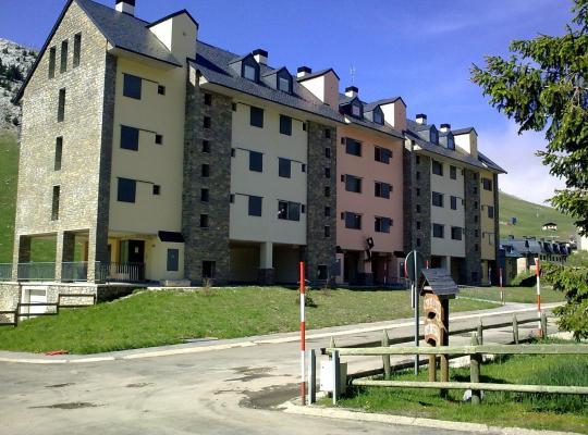 Hotel photos: Apartamentos Riglos Candanchu