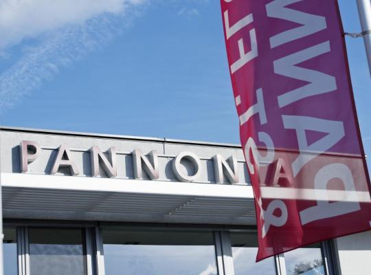 Hotel foto 's: Pannonia-Hotel/Restaurant