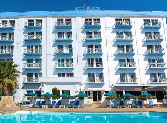 Фотографии гостиницы: Blue Crane Hotel Apts