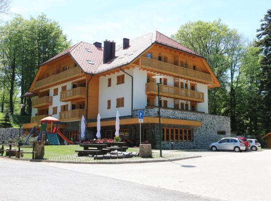 호텔 사진: Aparthotel Snjezna Kraljica