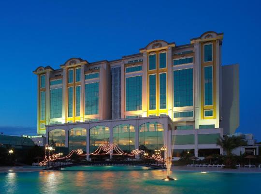 Hotel fotografií: Güngör Ottoman Palace Thermal Spa & Congress