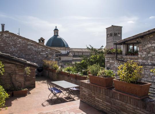 酒店照片: La Mansarda