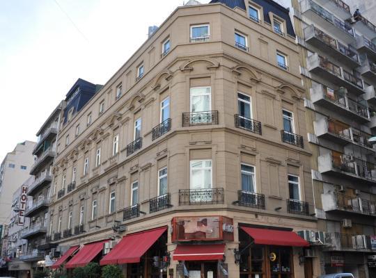 Hotel photos: Europlaza Hotel & Suites