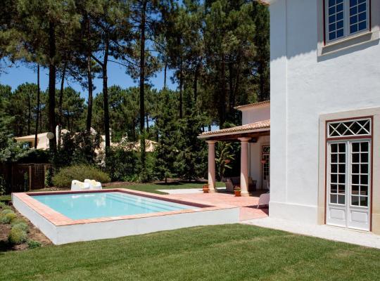 Ảnh khách sạn: Stunning Villa at Aroeira Golf Resort