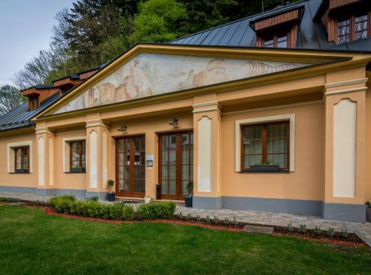 รูปภาพจากโรงแรม: Apartmány Weissov Dom