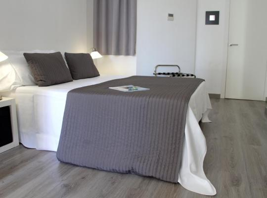 Otel fotoğrafları: Aparthotel Atenea Calabria