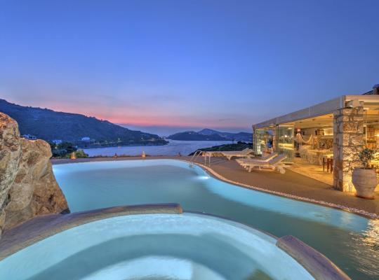 Foto dell'hotel: Eirini Luxury Hotel Villas