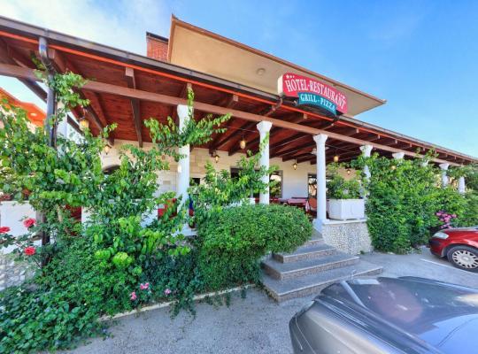 Otel fotoğrafları: Hotel Trogirski Dvori