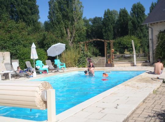 Photos de l'hôtel: Chambres D'hôtes Du Domaine De Jacquelin