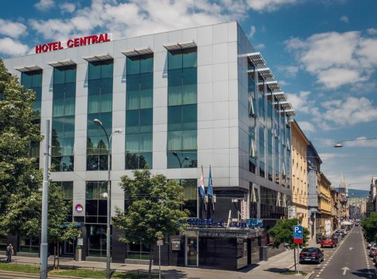 Otel fotoğrafları: Hotel Central