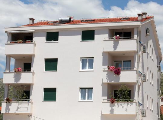 Otel fotoğrafları: Villa Life