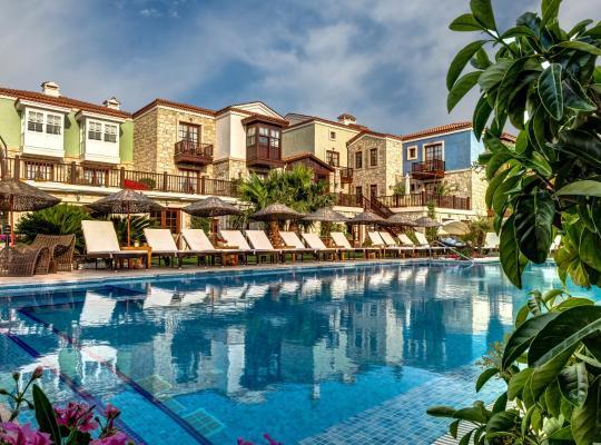 Фотографії готелю: Alacati Kapari Hotel - Special Category