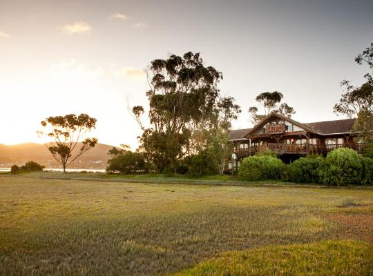 Fotografii: Oyster Creek Lodge