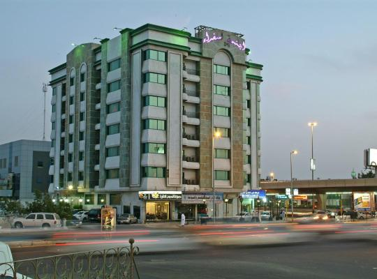 Otel fotoğrafları: Ambassador Suites