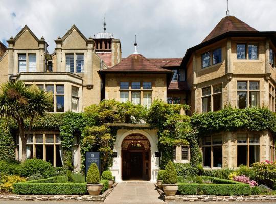 Фотографии гостиницы: Macdonald Frimley Hall Hotel & Spa