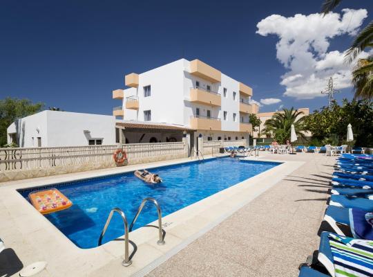 Otel fotoğrafları: Apartamentos Zodiac