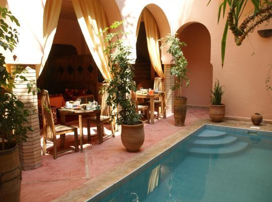 Fotos do Hotel: Riad Azenzer