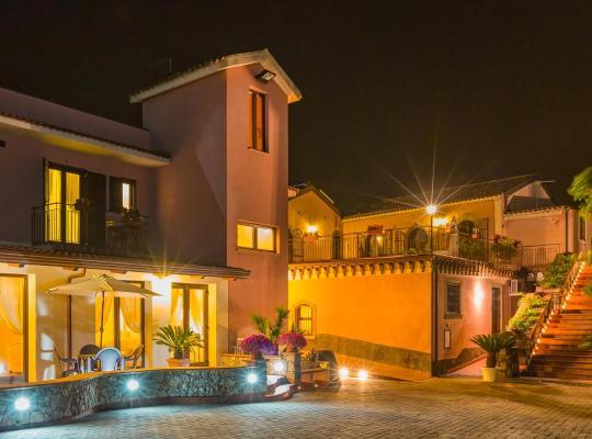 Fotos do Hotel: Terralcantara La casa delle Monache
