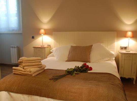 Хотел снимки: Montseny Suites & Apartments