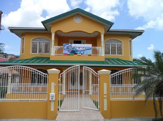 Хотел снимки: Caribbean Paradise