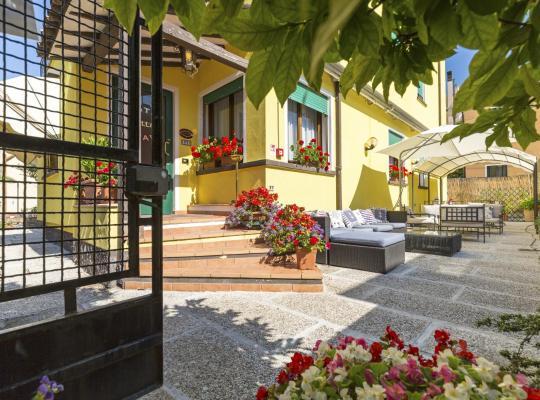 Képek: Hotel Villa Tiziana