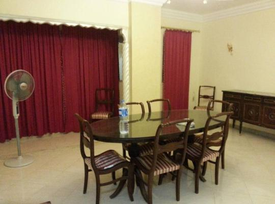 صور الفندق: Al Zahraa' Two-Bedroom Apartment