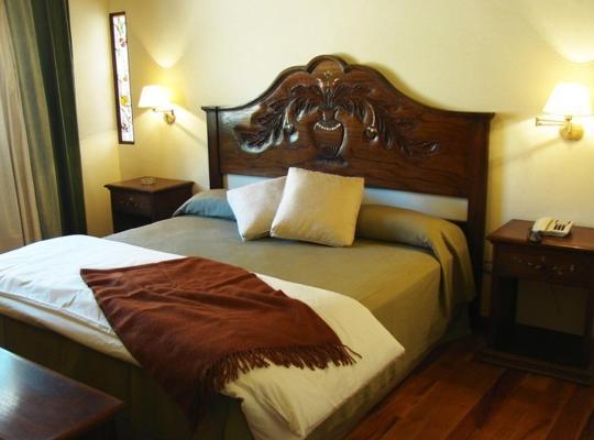 Képek: Marqués De Tojo Hotel