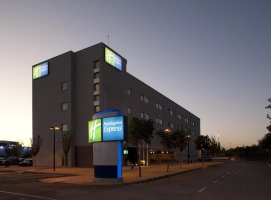 Фотографии гостиницы: Holiday Inn Express Madrid-Getafe