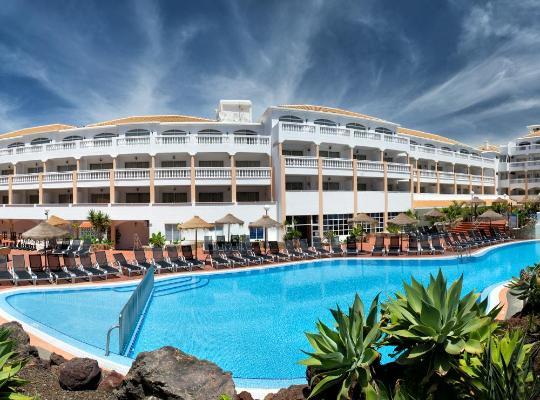 호텔 사진: Apartamentos Marola-Portosin