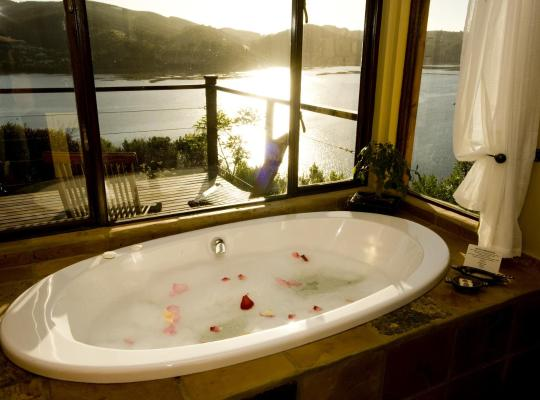 호텔 사진: Elephant Hide of Knysna Guest Lodge