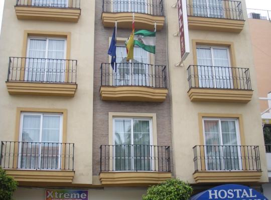 Photos de l'hôtel: Hostal La Colonia