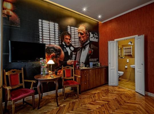 Φωτογραφίες του ξενοδοχείου: Stare Kino - Cinema Residence