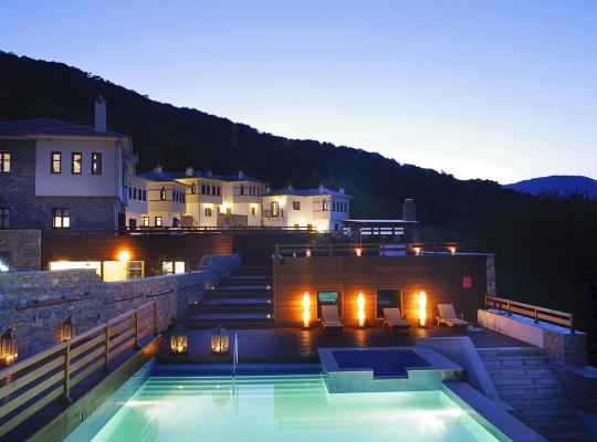 Фотографии гостиницы: 12 Months Luxury Resort