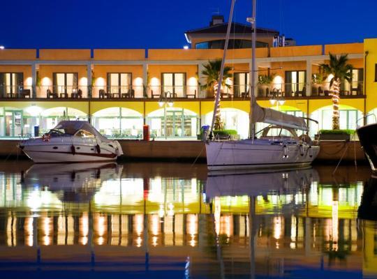 ホテルの写真: Marina Place Resort