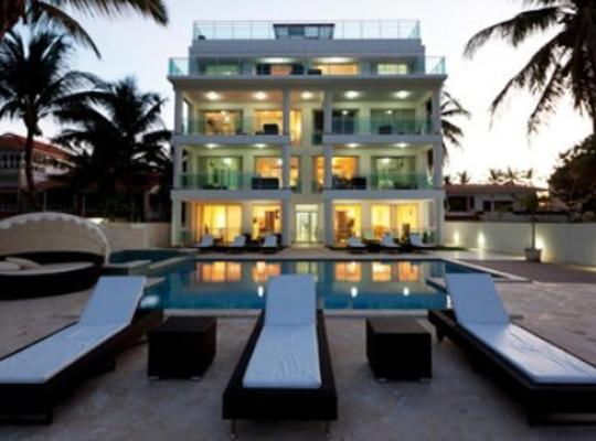 Fotos de Hotel: Watermark Luxury Oceanfront Residences