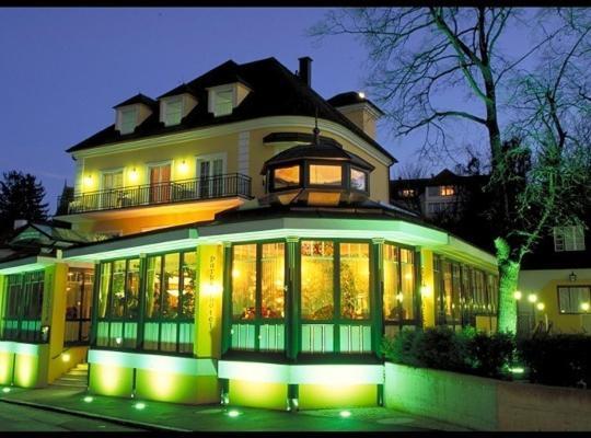 Hotel photos: Parkhotel Neubauer