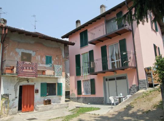 Fotografii: B&B Località Manzoniane