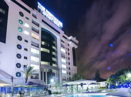 Viesnīcas bildes: The Penthouse Suites Hotel