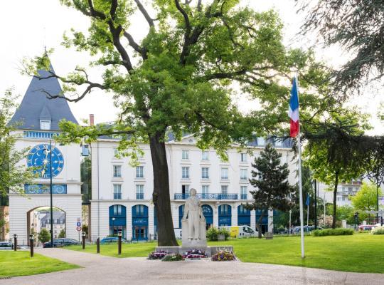 Hotel photos: Le Plessis Grand Hotel