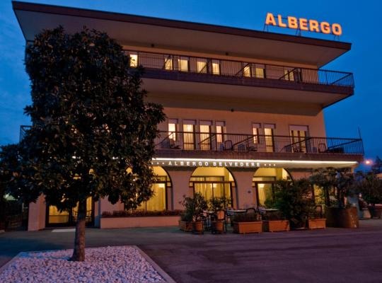 Otel fotoğrafları: Albergo Ristorante Belvedere
