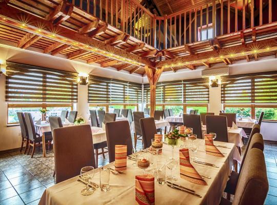 Otel fotoğrafları: Penzion Almada