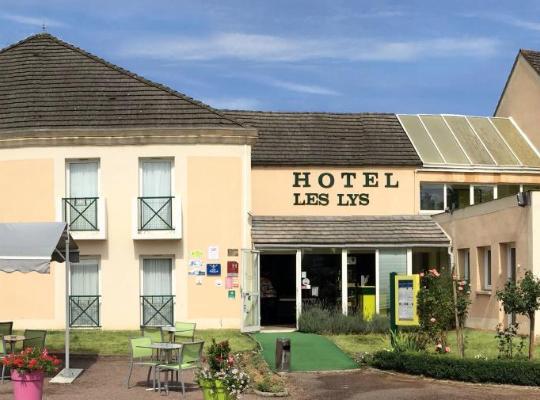 Otel fotoğrafları: Aux Lys de Chablis