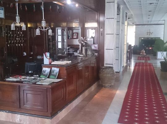 Képek: Hotel Villa Tasko