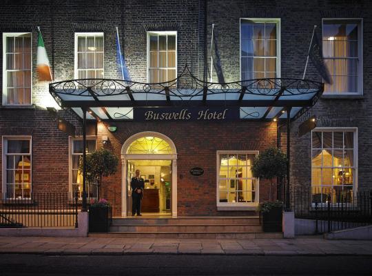 ホテルの写真: Buswells Hotel