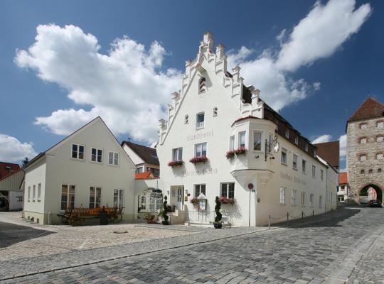 Hotel photos: Landhotel Weißer Hahn